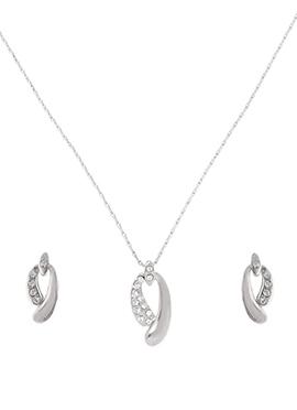 Chained Silver American Diamond Pendant Set