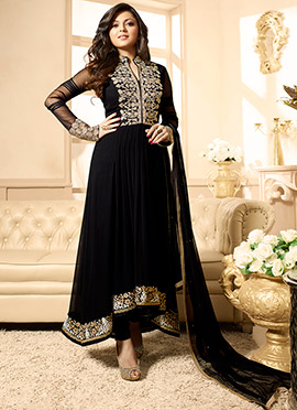 Drashti Dhami Black Embroidered Anarkali Suit