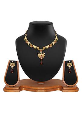 Golden Color Geometric Designed Necklace Set