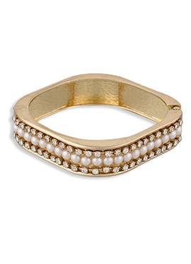One Stop Fashion Moti N Stone Gold Bracelet