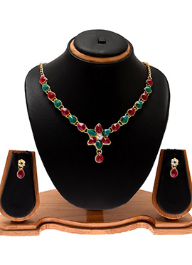 Red N Green Kundan Worked Necklace Set