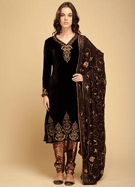 Vemanya Black Churidar Suit