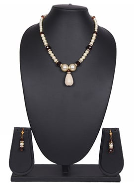White Beads Tradisiya Necklace Set