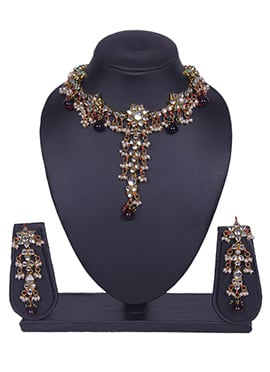 White Tradisiya Necklace Set