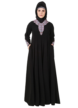 Aqeelah Black Nida Abaya