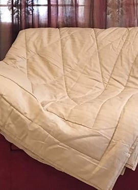 Beige Cotton Quilt