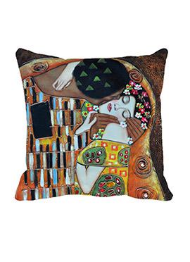 Beige Kiss Couple Cushion Cover