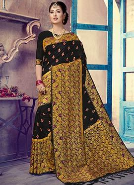 23e1acef722 Purchase Black sarees online