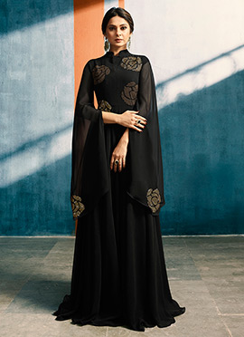 Jennifer Winget Black Embroidered Anarkali Gown