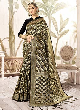 47a9148a4a065 Black N Gold Art Kancheepuram Silk Saree doodle