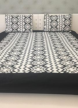 Black N White Cotton Bed Sheet