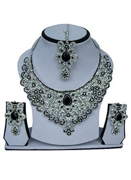 Black N White Zircon Stone Necklace Set