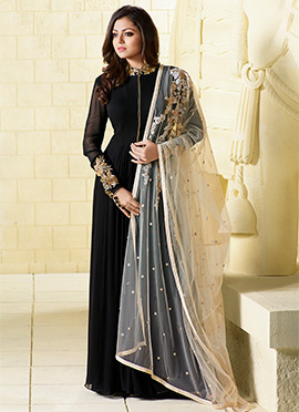 Drashti Dhami Black Anarkali Suit