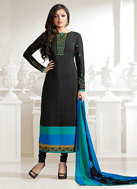 Drashti Dhami Black Crepe Straight Suit