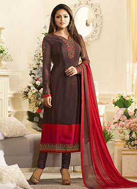Drashti Dhami Brown Crepe Churidar Suit
