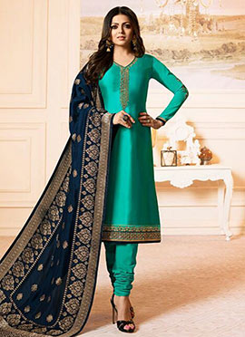 Drashti Dhami Turquoise Embroidered Churidar Suit