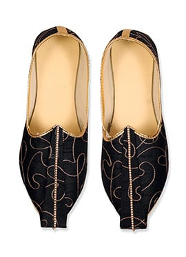 Ae Dil Hai Mushkil Embroidered Black Mojris