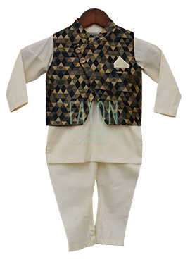 Fayon White N Brown Printed Kids Bandi Set