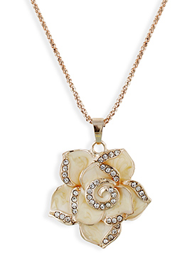 Floral Shaped Pendant By One Stop Fashion