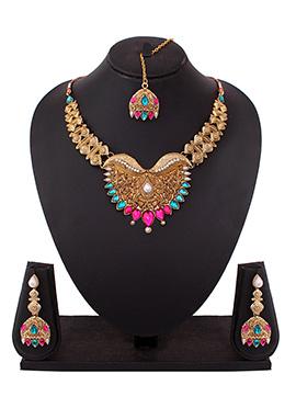 Foliage Style Golden Color Necklace Set