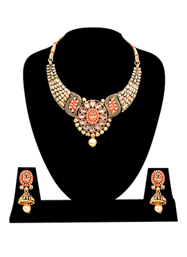 Gold N Beige Necklace Set