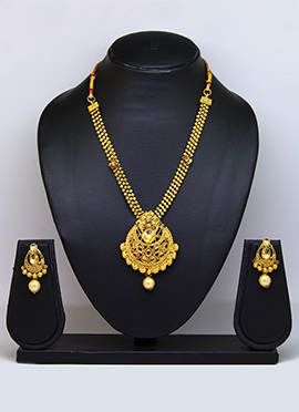 Gold N Beige Necklace Set