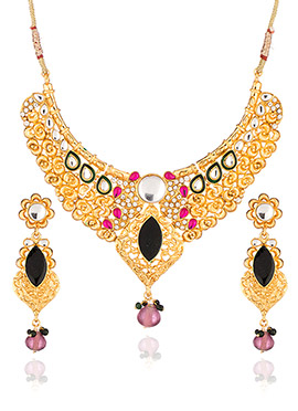 Gold N Black Foliage Designed Necklace Set