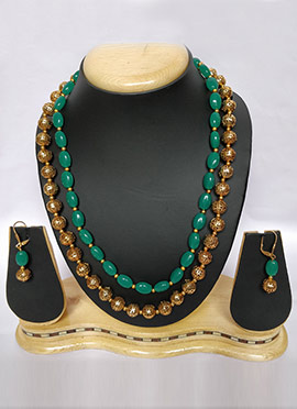 Gold N Turquoise Necklace Set
