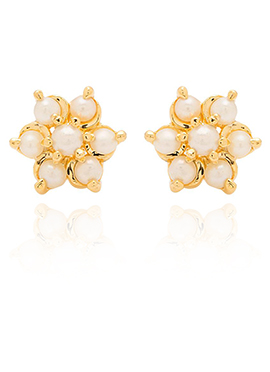 Golden Colored Off White Beads Stud Earring