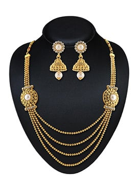 Golden N Off White Necklace Set