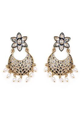Golden N White Chaand Bali Earring
