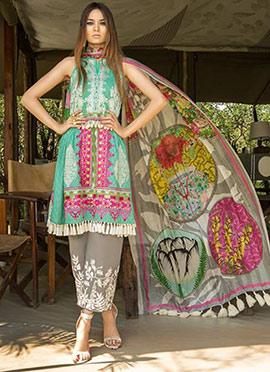4f9b864a96 Designer Pakistani Salwar Kameez Online Boutique