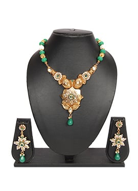 Green N Gold Traditsiya Necklace Set