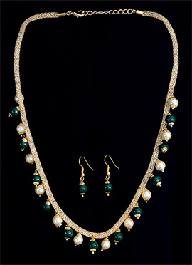 Green N White Beads Necklace Set