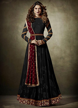 Jennifer Winget Black Abaya Style Anarkali Suit