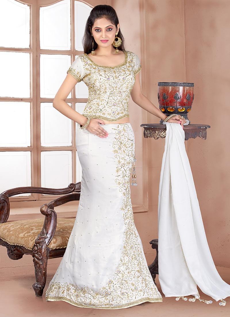 Model  Dresses To Wear To A Wedding Cape Choli Lehenga Sangeet Lehenga Cape