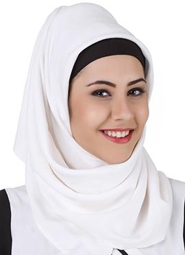 Musnah White Rayon Hijab