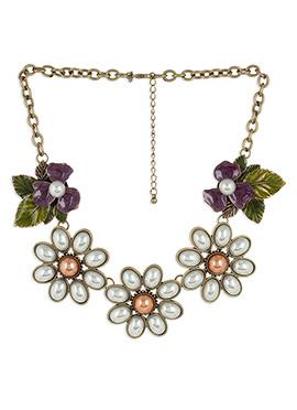Pearl Embellished Floral Necklace