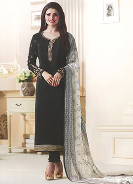 Prachi Desai Black Crepe Straight Suit