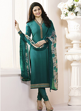 Prachi Desai Green Crepe Pakistani Stright Suit