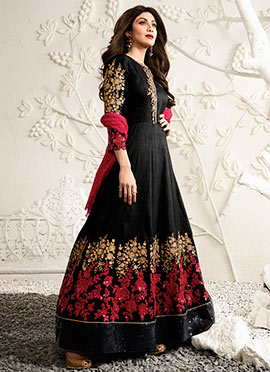 Shilpa Shetty Black Abaya Style Anarkali Suit