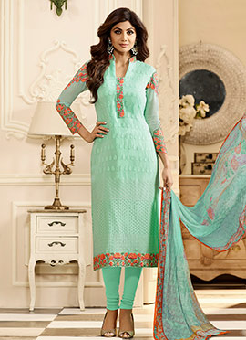 Shilpa Shetty Light Green Georgette Churidar Suit