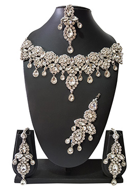 Silver N White Beads N Kundan Necklace Set