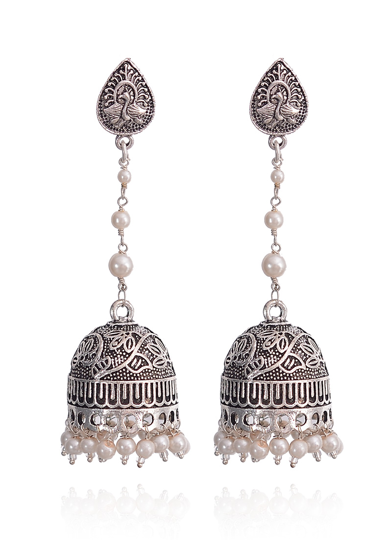 Amrapali Silver Jewelry, Handmade and Indian Designer Silver Jewellery for Online Users. Shop Online Silver Ring, Jaipur Earrings, Pendant, Necklace, Cuff, Bangle Jewellery in India.