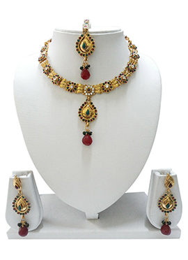 Stone Embellished Necklace Set