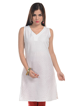 Stripe Patterned White Kurti