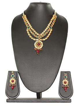 Traditsiya Golden Colored Ethnic Necklace Set