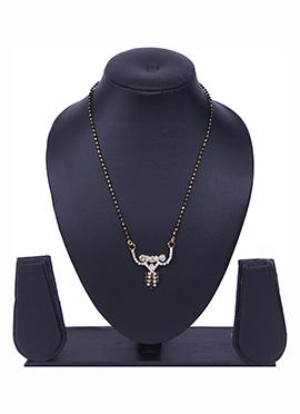 Traditsiya Golden N Black Beads N Stones Mangalsutra