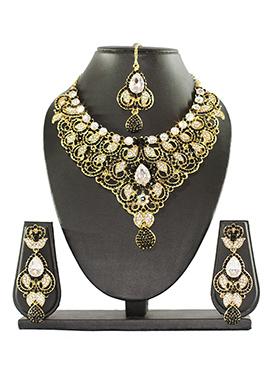 Traditsiya Golden N Black Colored Necklace Set