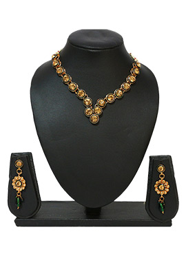 Traditsiya Golden N Green Colored Necklace Set